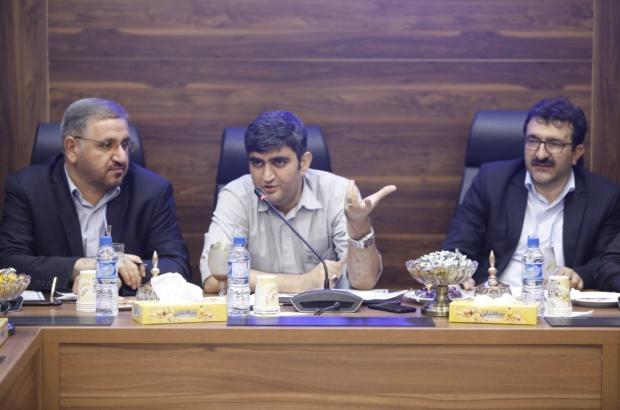بنزین ستاره خلیج فارس، بنزین ناب محمدی/فشارهای شریفی سبب توزیع بنزین یورو در بندرعباس