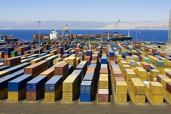چهار میلیون تن کالای اساسی در بنادر کشور وجود دارد