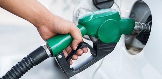 جایگاههای توزیع فرآورده های نفتی تعطیل نمی شوند