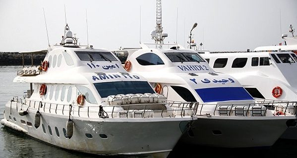 توقف حرکت شناورهای بندرعباس به قشم/اسکله شهید حقانی به جزیره هرمز باز است