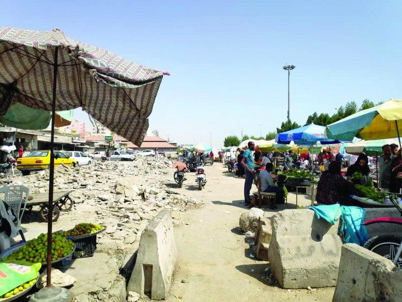 کلاف درهم سامانـدهی دستفروشان بازار ماهی