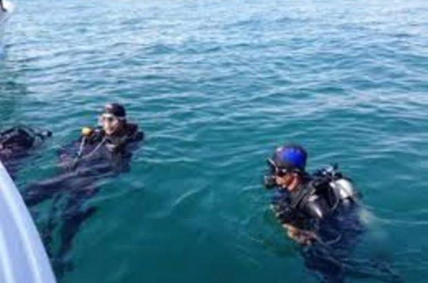 نجات جان ۱۰ نفر غواص در  آب های مواج جزیره لارک