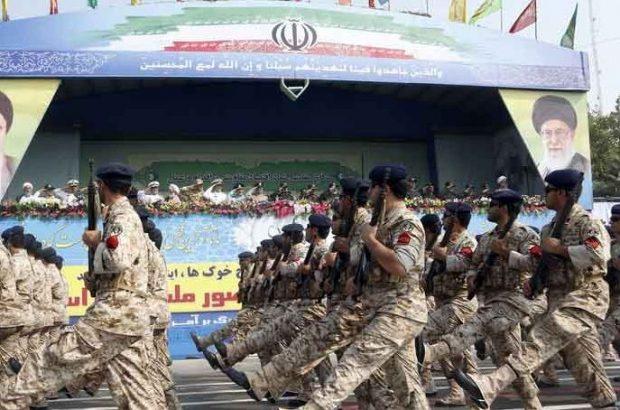مراسم رژه ملی نیروهای مسلح در بندرعباس آغاز شد