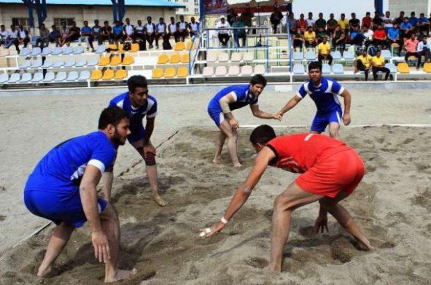 رقابت هشت تیم در مسابقات کبدی ساحلی کارگران کشور در بندرعباس